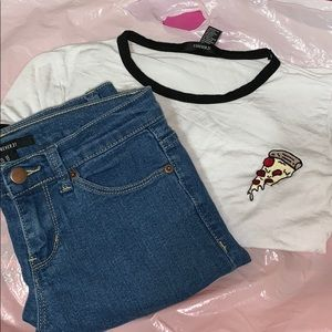 PIZZA SHIRT WITH JEANS // fit 🍕